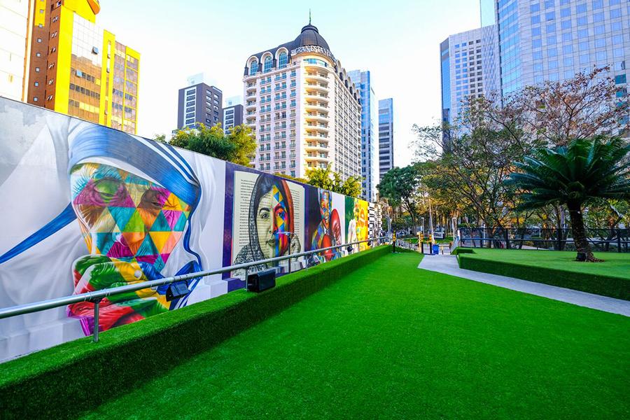 Pré-inauguração do novo mural do Kobra em São Paulo