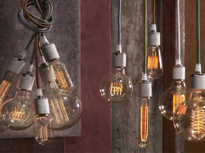 Lâmpadas de filamento na decoração