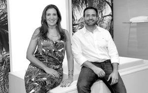 A Dupla Enrico Barone e Lucia Blum que comanda a Almada Arquitetura explora os detalhes e conforto em seus projetos