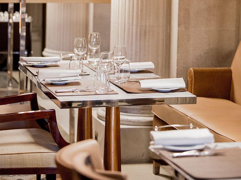 Philippe Starck revitaliza o Le Dali