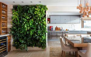 As arquitetas Danielle Dantas e Paula Passos apresentam projetos sob medida para os clientes