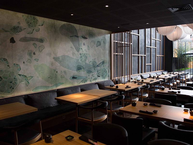 Equilíbrio e tradição em projeto de restaurante japonês
