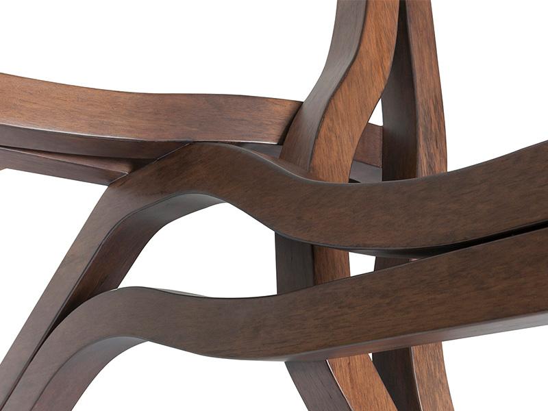 Coleção AWA da Florense aposta no design fluído